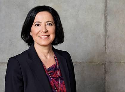 Maria Kofidou, Geschäftsführerin