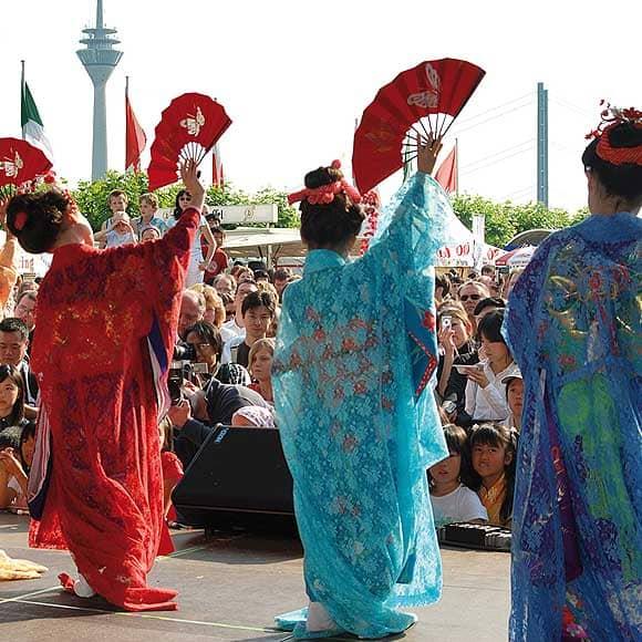 Aufführung während des Japantags