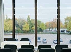 Blick aus dem Raum 6 auf den Rhein