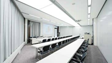 Raum 7a mit parlamentarischer Bestuhlung