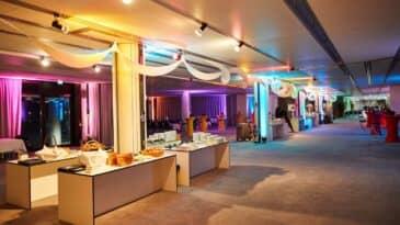 Foyer CCD Süd mit Party Dekoration
