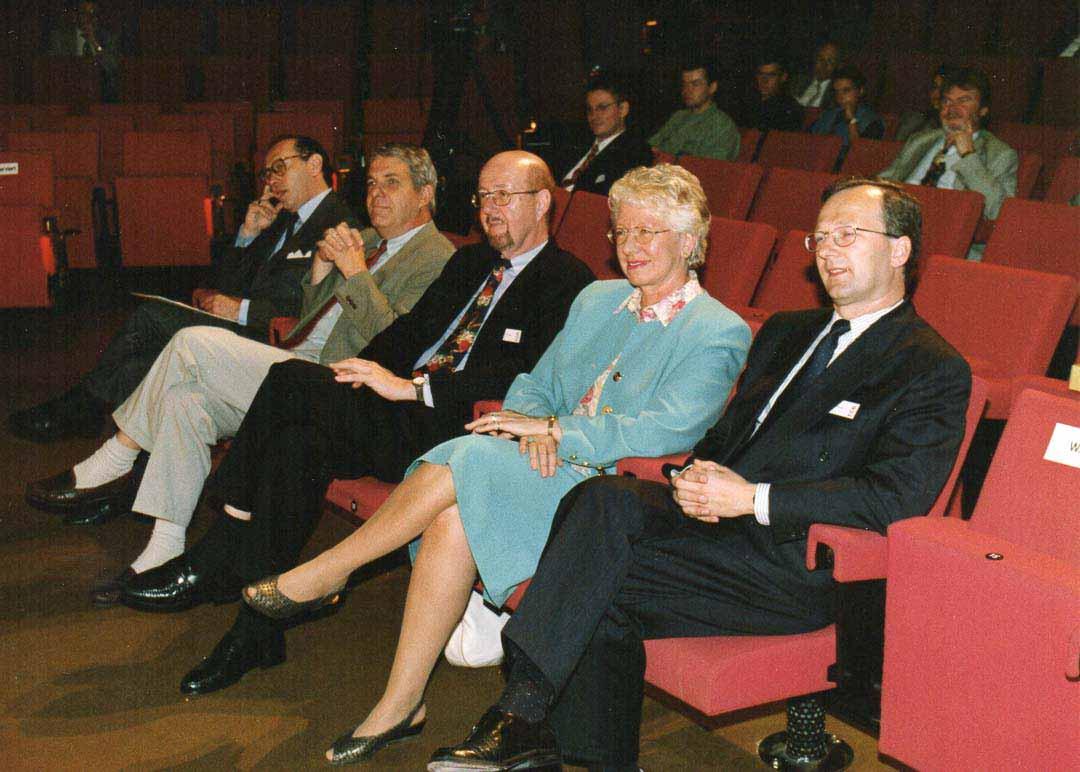 Eröffnung der Stadthalle mit Bürgermeisterin
