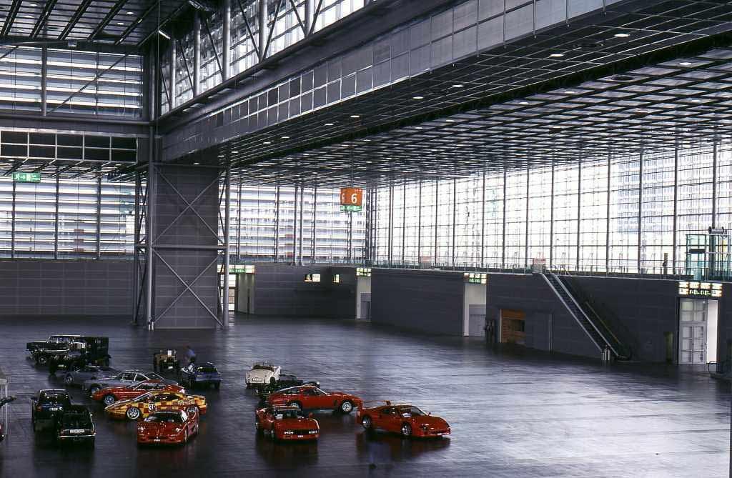 Halle 6 zur Eröffnung 2000