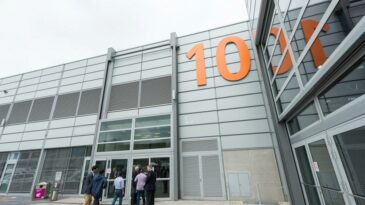 Messehalle 10