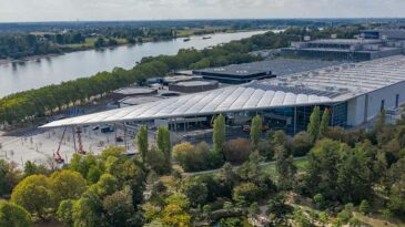 Hall 1 - panorama with CCD and river rhine